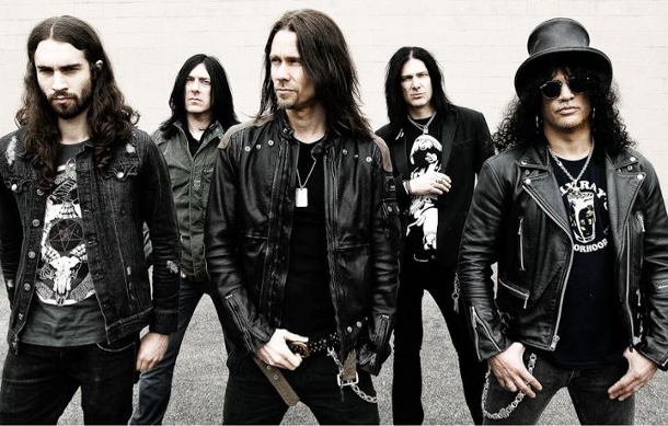 Slash_Myles-Kennedy_and_The_Conspirators